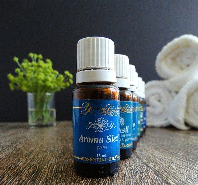 apprendre à utiliser les huiles essentielles en aromathérapie